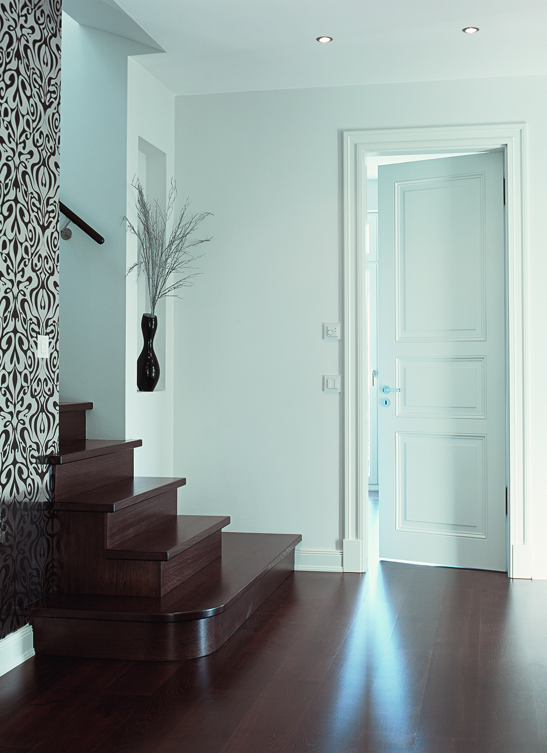holzt ren interio baudesign fachzentrum innenausbau. Black Bedroom Furniture Sets. Home Design Ideas