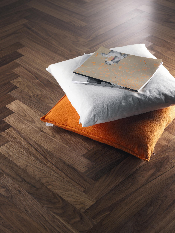 holzwurm was tun holzsch dlinge richtig bek mpfen immobilo ratgeber holzwurm im brennholz was. Black Bedroom Furniture Sets. Home Design Ideas